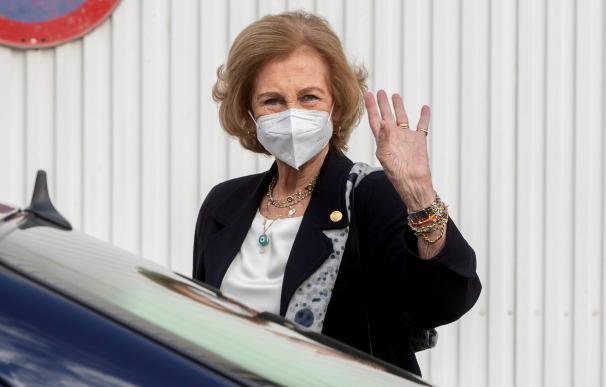 La reina emérita Doña Sofía, a su llegada al Banco de Alimentos del Segura en Murcia. EFE/Marcial Guillén