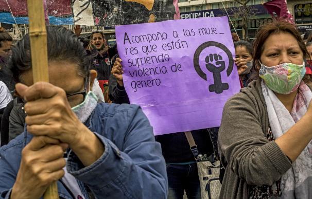 Manifestación feminista y contra la violencia de género en Buenos Aires, Argentina.
