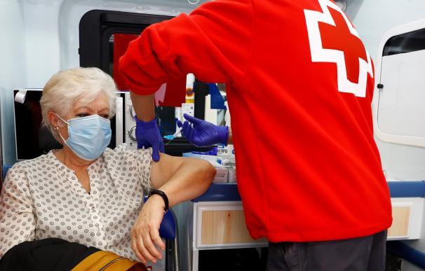 Campaña de vacunación de la gripe de Cruz Roja