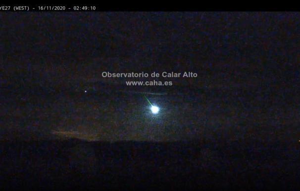 Observatorios captan bola de fuego al sur de España
