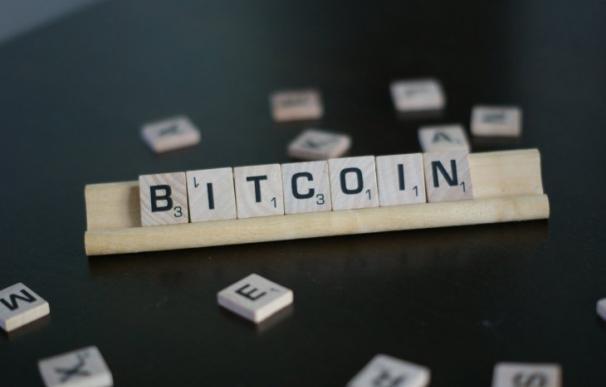 Bitcoin regresa a máximos doce años después.