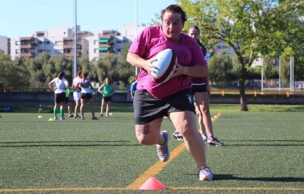 Pili, la enfermera canaria que decidió viajar cada fin de semana a Toledo para jugar al rugby.