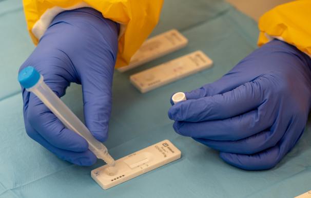 Andalucía registra la segunda mayor cifra de toda la pandemia: 94 fallecidos