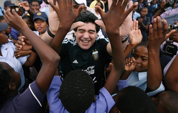 Muere Maradona a los 60 años