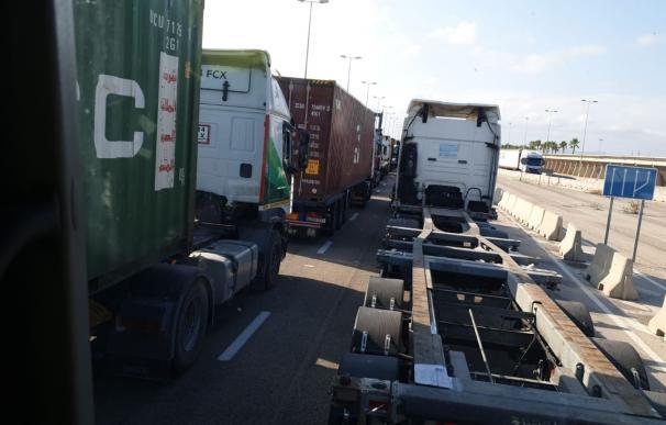 Cola de camiones