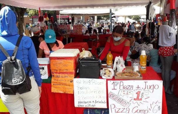 La pobreza es extrema en Venezuela, donde la pensión media da para comprar un kilo de harina.