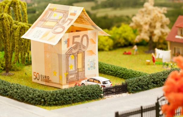 La compra de parte de una vivienda con dinero negro es un acto fraudulento.