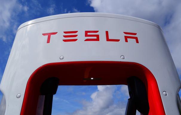 ¿Está justificado que Tesla valga más que los 7 grandes del motor tradicional?