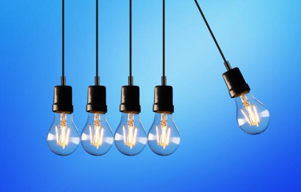 Cómo se fija el precio de la luz y por qué ha subido tanto en plena ola de frío
