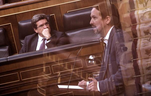 Más tensión: Podemos y los sindicatos se alían para frenar la 'reforma Escrivá'