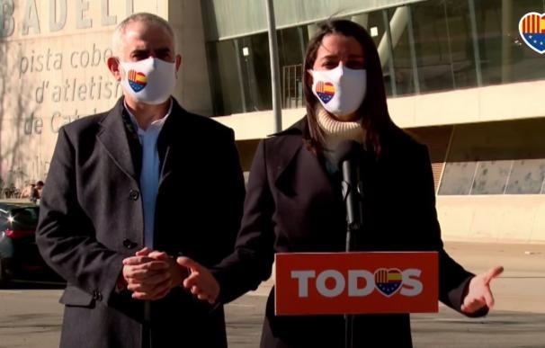 La presidenta de Cs, Inés Arrimadas, con el líder de Cs en Catalunya, Carlos Carrizosa.