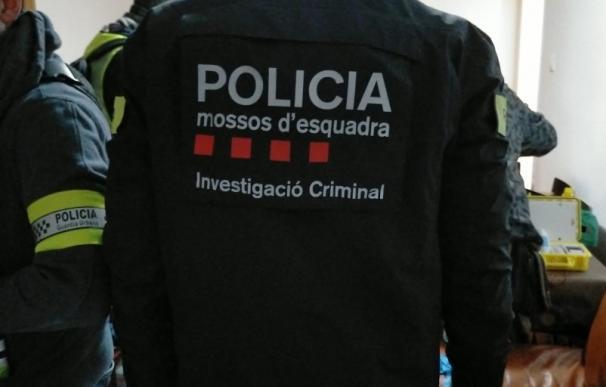 Mossos d'Esquadra y Guardia Urbana durante los registros MOSSOS D'ESQUADRA 3/2/2021