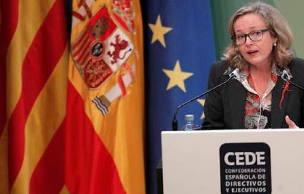 La vicepresidenta de Asuntos Económicos, Nadia Calviño, estudia como salvar a empresas solventes.