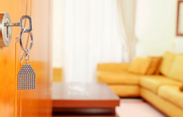 ¿Es legal que el casero entre en la casa de su inquilino siempre que quiera?