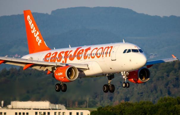 Easyjet suben viajes
