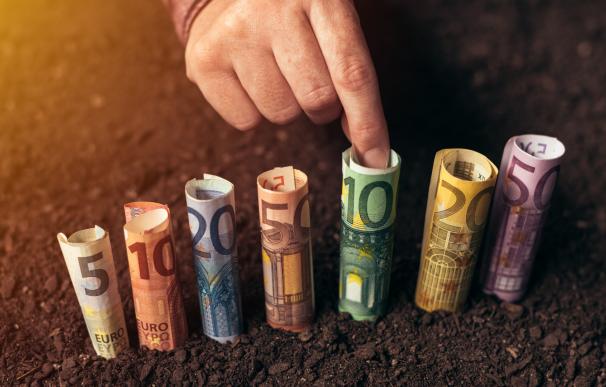 Hoy en día existen préstamos sin requerimiento de nómina o aval, que piden menos requisitos.