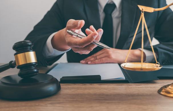 Abogados de oficio: los requisitos para tener acceso a justicia gratuita en 2021