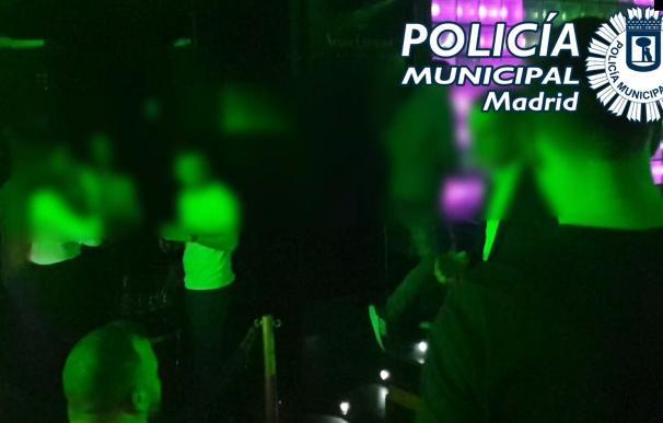 Desalojado y precintado un club con 173 clientes, algunos sin mascarilla y fumando cachimbas POLICÍA MUNICIPAL DE MADRID 2/3/2021