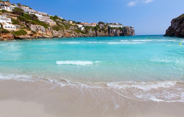 Menorca es uno de los destinos baratos a tener en cuenta para viajar a partir de mayo.