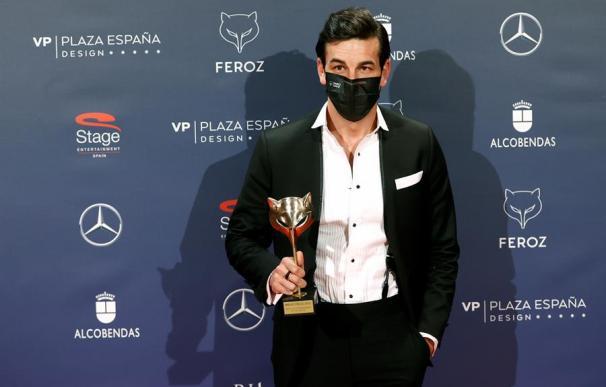 Mario Casas, mejor actor en los Premios Feroz