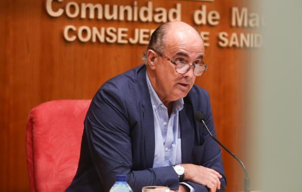 El viceconsejero de Salud Pública y Plan COVID-19 de la Comunidad de Madrid, Antonio Zapatero, interviene durante una rueda de prensa convocada ante los medios, en Madrid, (España), a 5 de marzo de 2021. En la convocatoria han informado que la Comunidad de Madrid mantendrá la limitación de entrada y salida por COVID-19, salvo por motivos justificados, en 15 zonas básicas de salud (ZBS), mientras que levanta las restricciones en tres áreas y una localidad. En estos núcleos de población que se mantienen con restricciones desde el próximo lunes viven 390.865 madrileños, el 4,7% de la población de la región, y en ellos se concentra el 8% de los casos de contagios. 05 MARZO 2021;COVID;CORONAVIRUS;MADRID;RUEDA DE PRENSA;ANDRADAS;ZAPATERO R.Rubio.POOL / Europa Press 5/3/2021