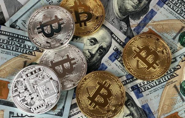 Powell corta las alas a un Bitcoin que se dispara hasta un 1.000% en el año Covid