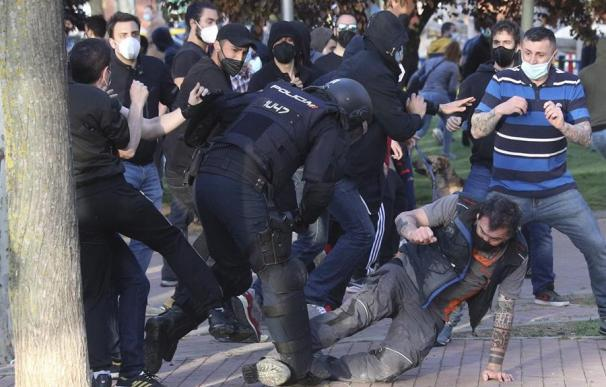 Manifestantes agredidos