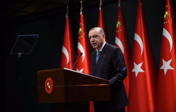 Erdogan, presidente de Turquía, respondiendo al presidente italiano