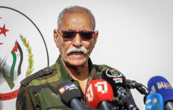 El líder del Frente Polisario, Brahim Ghali, durante un desfile militar.