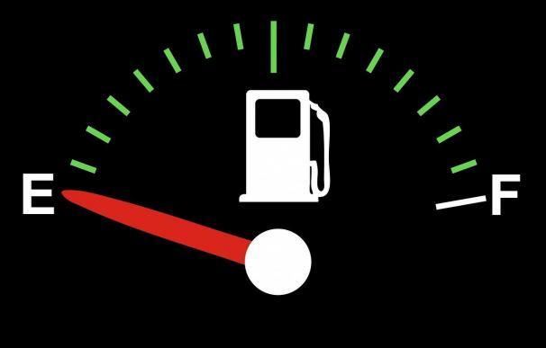 El Ibex inicia mayo con suaves alzas en espera de la gasolina de los resultados