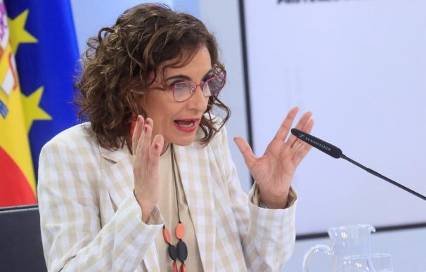 La ministra de Hacienda, María Jesús Montero, en la rueda de prensa del Consejo de Ministros.