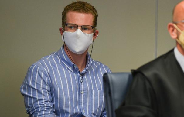 Gabriel Carvajal sentado en la Audiencia de Valencia donde será juzgado por el presunto asesinato de sus dos hijos