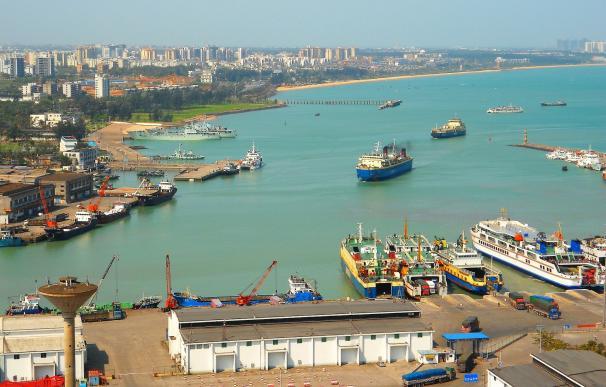 Peor que el Canal de Suez: el bloqueo de los puertos chinos dispara los fletes