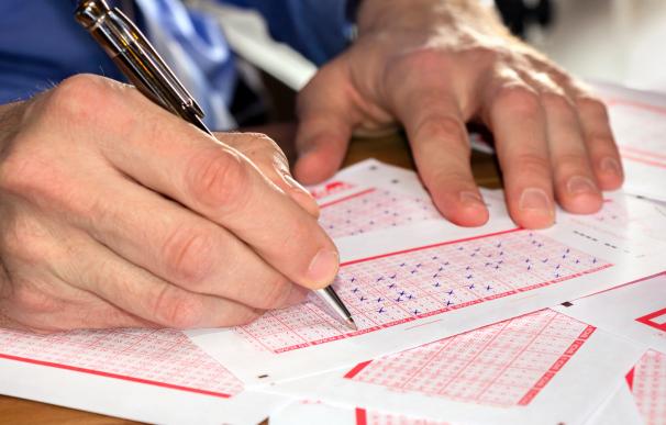 Es fundamental comprobar el boleto del Euromillones cuanto antes para no perder el premio.