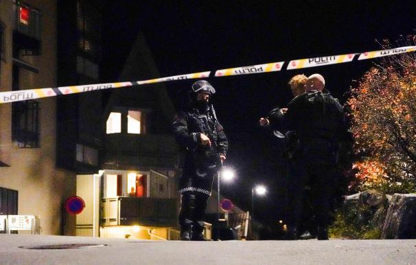 La policía detiene al atacante del arco y las flechas