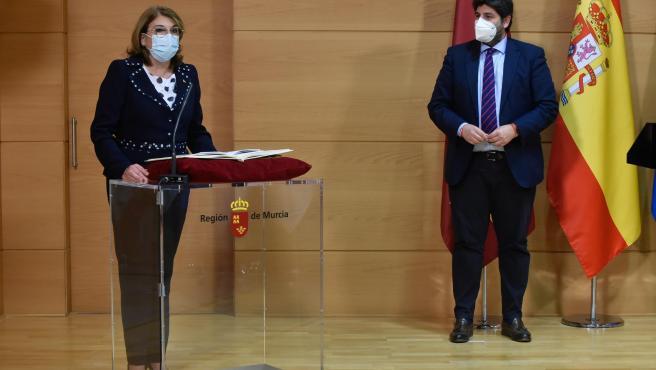 Docentes Unidos corrige las faltas de ortografía del comunicado de la nueva consejera de Educación de Murcia