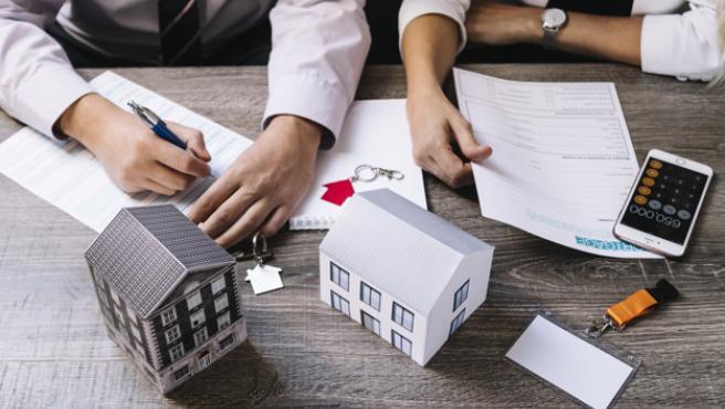 HIPOTECA - ¿Es legal que el banco de mi hipoteca elija mi seguro de hogar?