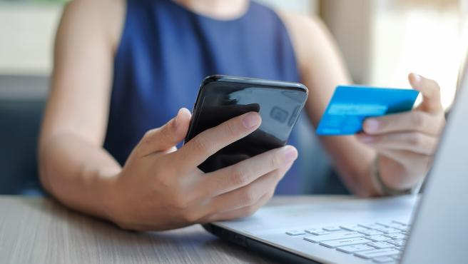 Con la entrada en vigor de la PSD2, se requiere un doble 'check' para autorizar una operación por internet.