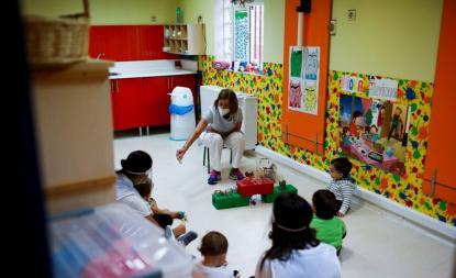 Madrid ofertará 3.700 plazas de profesor más ante la falta de docentes