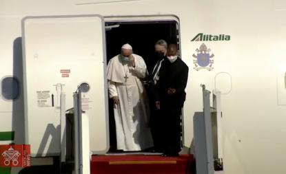 """El Papa visita Irak: """"Sentía la obligación de visitar a esta tierra martirizada"""""""