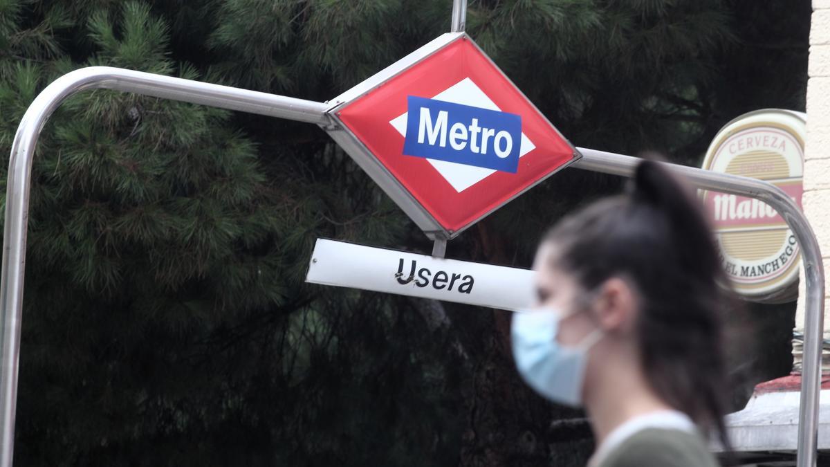 """Madrid insiste: el Metro es """"más seguro que otros espacios de concentración"""""""